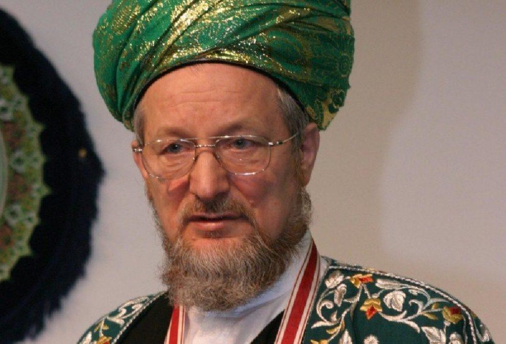 муфтий Ринат Раев